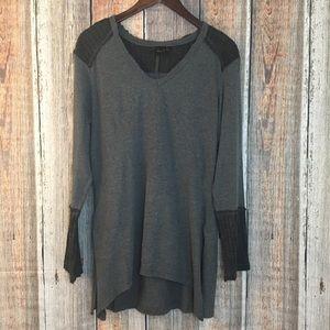 Mona B | Gray v neck Knit Sweater Shirt